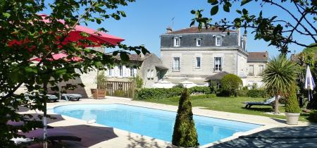 Fantastic 5 bedroom Guest House with in Perigord Vert, Dordogne, France / Private Pool