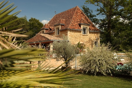 6 bedroom holiday Cottage in Perigord Noir, Dordogne, France / Les 3 Chenes