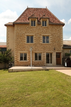 New Style Holiday Home in St Geyrac, South Perigord, Dordogne, France / Le Figuier