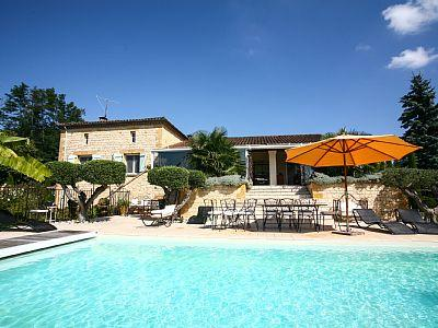 Sarlat Holiday Villa with heated Private Pool, Dordogne, France