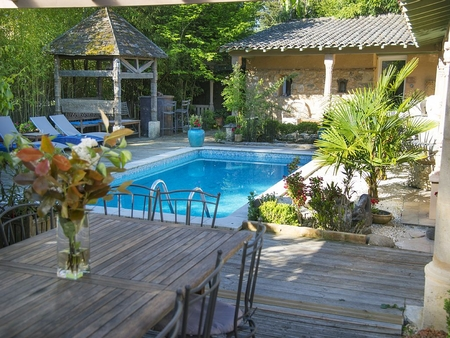 3 bedroom Villa with Heated Pool in Perigord Pourpre, Dordogne, France