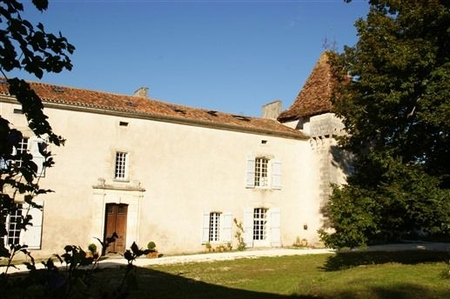 5 bedroom Holiday Chateau in Perigord Vert of Dordogne, France