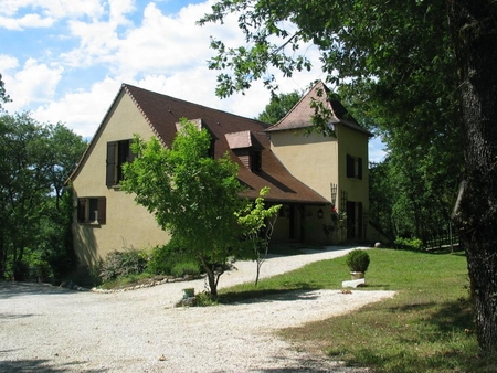 Beautiful Bed and Breakfast between Sarlat and Rocamadour, France /  La Cheneraie