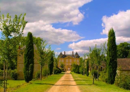 Wonderful Holiday Chateau in Perigord Noir, Dordogne, France / La Borie du chateau de Caudon