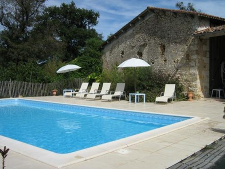 Holiday Cottage and Bed and Breakfast in Charente-Maritime, France / Domaine Les Galards