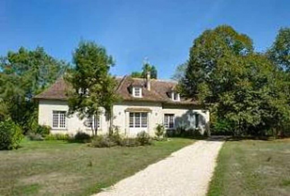 5 bedroom Holiday Villa with Pool in Perigord Pourpre, Dordogne