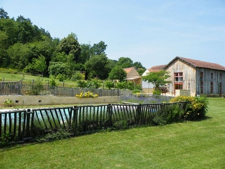 5 Bedroom Holiday Home in Dordogne, France / Tabatiere