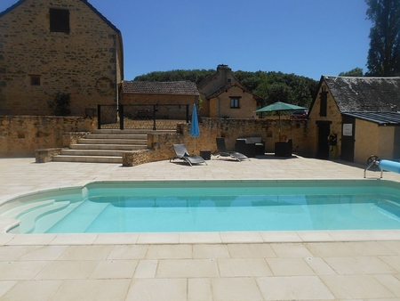 5 bedroom Cottage with Heated Pool in Perigord Noir, Near Sarlat, Dordogne, France