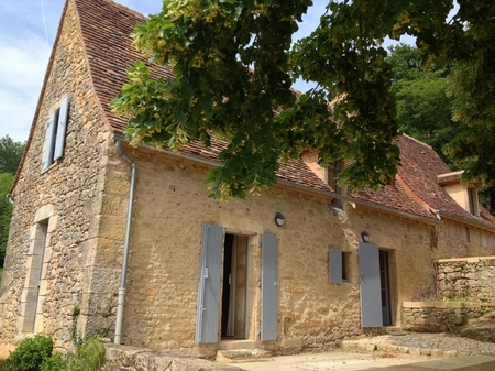 2 bedroom holiday home with heated pool in Perigord Blanc - The Milou Stonehouse