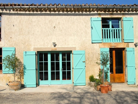 2 bed Gite in beautiful grounds with stunning views & Large Pool, Nr Carcassonne - Les Pins