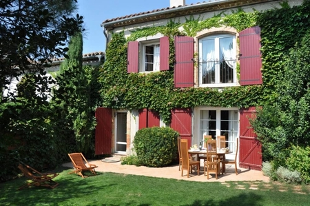 Holiday House with Swimming Pool, near Montreal, Aude department, France
