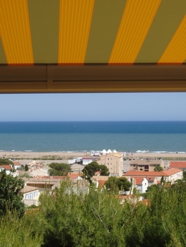2 bedroom Saint-Pierre la Mer Holiday Apartment in Narbonne area, Aude, France