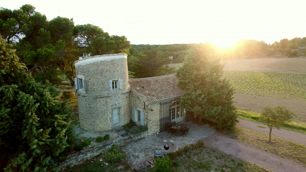 3 bedroom gite cottage 'Le Moulin' amongst the vines of Chateau St Jacques d'Albas, Laure-Minervois (near Carcassonne)