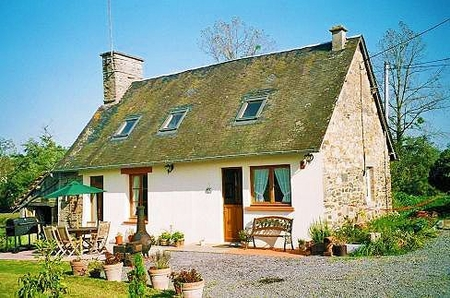 2 Bedroom Holiday Cottage, Saint-Hilaire-du-Harcouet, Near Fontenay and Romagny, Normandy, France