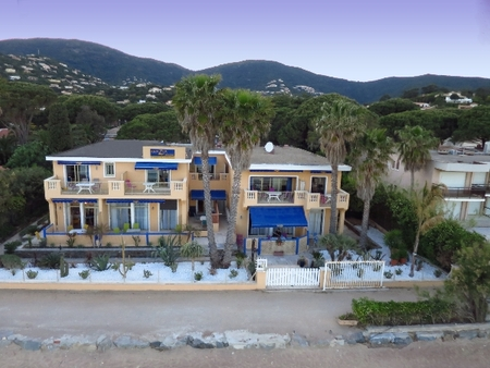 Cavalaire-sur-Mer Rivazur Beach Apartment Rental on the Beach, Gulf of Saint Tropez