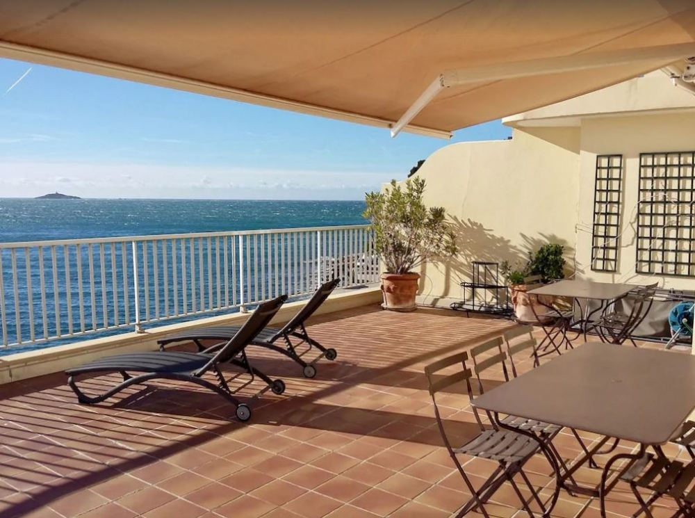 Lovely 4 STARS Apartment Rental in Sanary sur Mer, Var - Parking Availabke