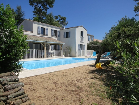 Coastal La Tranche-sur-Mer Villa With Private Pool, Vendee, France - L`Etoile De Mer