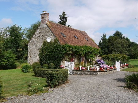 Charming Holiday Cottages to rent in southern Normandy, France, near Domfront - La Fermette