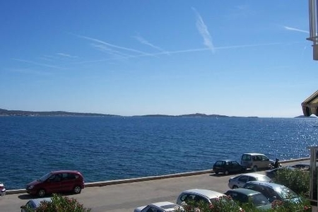 Holiday Apartment with Sea Views in Sanary-sur-Mer, France