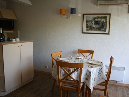 Air-conditioned Holiday Apartment 200 m from the beach, Saint Maxime, France