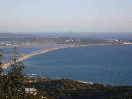 Luxury 3 Bedroom Apartment in Hyeres, Var, France - Beautiful Sea Views