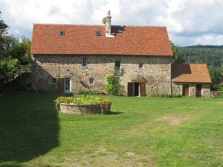 Antique 4 bedroom Limousin Holiday home in Alleyrat, France