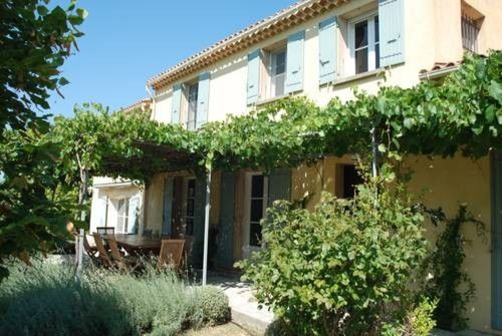 Beautiful, Secluded Holiday Villa with Private Pool in Sablet, Vaucluse, France