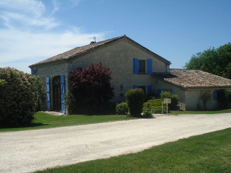 Holiday Farmhouse with Pool Near Eymet and Bergerac, Dordogne, France - La Maison