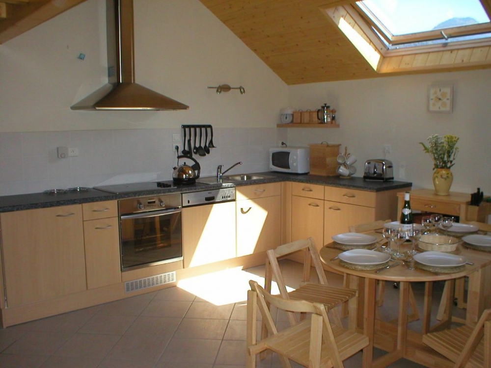4 Star Apartment in Doussard, Lac d`Annecy, France - Residence les Gentianes