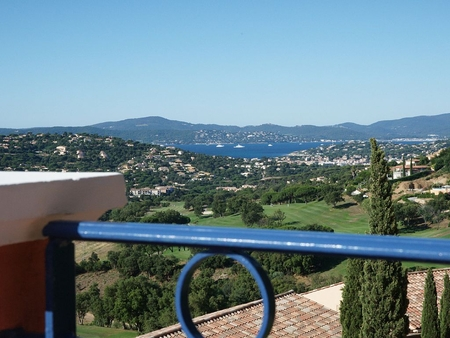 ​​Sainte-Maxime Golf Club Holiday Apartment, Views of St Tropez