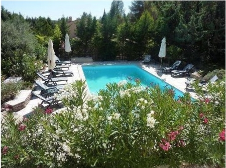 Exquisite Montpellier Holiday Villa, Landscaped Gardens, Private Pool - Villa des Cigales