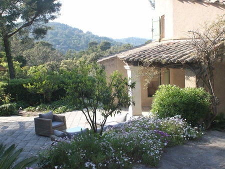 South-facing Provencal Holiday Villa in Cap Benat, France - Great access to Beach