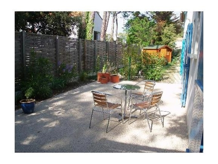 VILLA RENTAL, IN LA PALMYRE, CHARENTE-MARITIME, FRANCE - 600 YARDS FROM THE BEACH