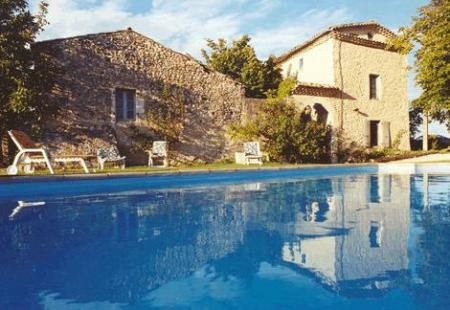 Superb Self Catering Holiday Apartment Rentals in Sauzet, Provence ~ Chez Janie Hirst