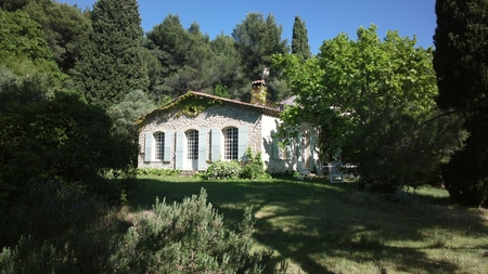 Provencal Style 4 bedroom House in Le Castellet - 10 minutes from the Sea, Beautiful Views
