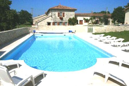 6 French Holiday Gites with floodlit pool in Charente-Maritime, France ~ Pegon