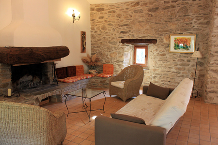 Spacious Cottage Rental in Colombieres sur Orb, Herault, France - LE MUSICIEN