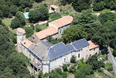 Comfortable Gite Rental in Colombieres sur Orb, Herault, France - Chateau de Colombières