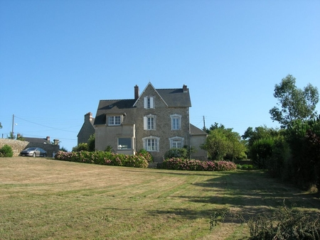 Sea View Holiday Villa on the Tip of Saint-Jacut-de-la-Mer, 15km St Malo, France