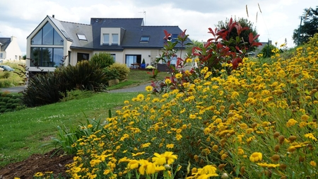 Superb Modern Villa in Saint-Quay-Portrieux, Brittany - Hot Tub, 5 Bedrooms