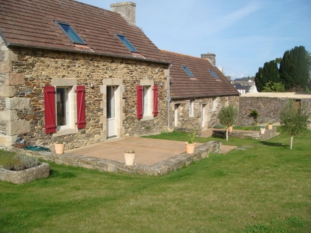 Typical Breton 4 Star Holiday Farmhouse in Plestin-les-Greves, France
