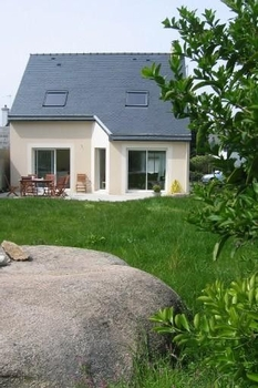 NICE NEW HOUSE, 4 BEDROOM, 200 M BEACH, PERROS-GUIREC, FRANCE