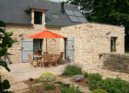 Renovated Landudec Holiday House in Finistere, Brittany - Gite Lonj Ar Yer