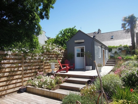 3 Charming Houses, Perfect for Large Families, in the Heart of Benodet, France