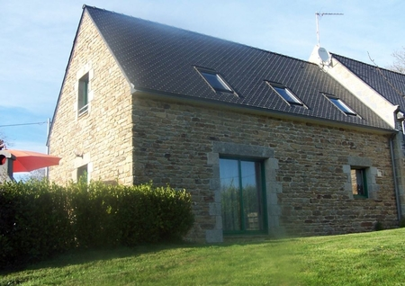 Very Spacious 3 Bedroom Gite Situated at the Heart of Tregunc, France - Gite L'Atelier
