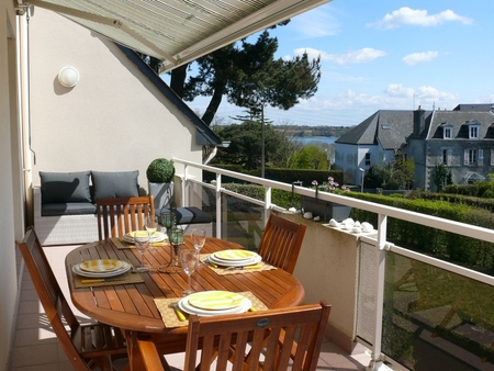 Beautiful 2 Bedroom Apartment in La Richardais, Saint-Malo Area, France