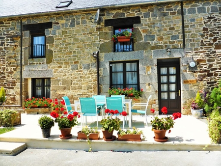 Beautiful 3 Bedroom Cottage on the Outskirts of Tremblay, Brittany, France