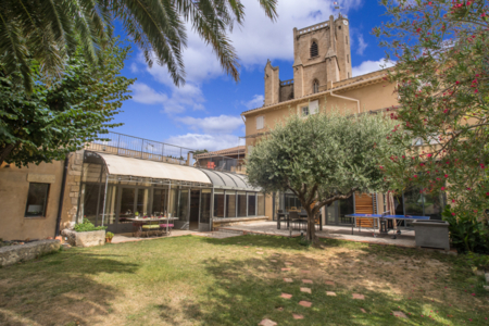 Family House with 6 large bedrooms, in Capestang, Languedoc-Roussillon, France - Maison d`Alaric
