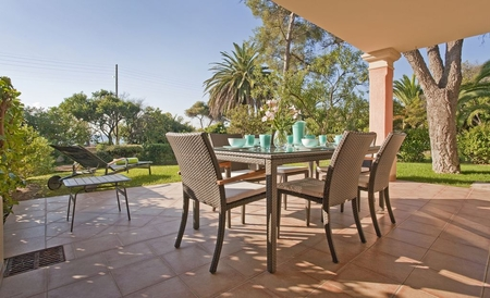 Les Issambres Holiday Rental Villa with Pool Near Roquebrune-sur-Argens and St Tropez
