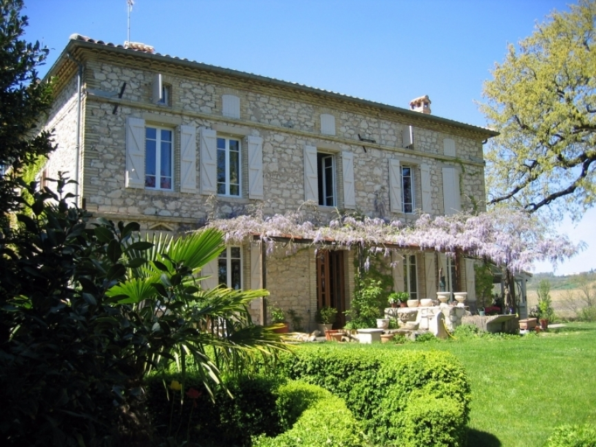 Bed and Breakfast Accommodation near Gaillac, Tarn, Southwest France